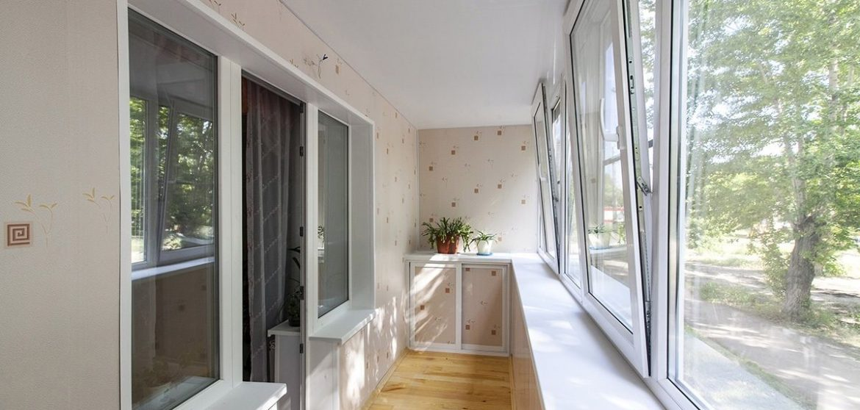 Теплое остекление балкона 6 метров под ключ